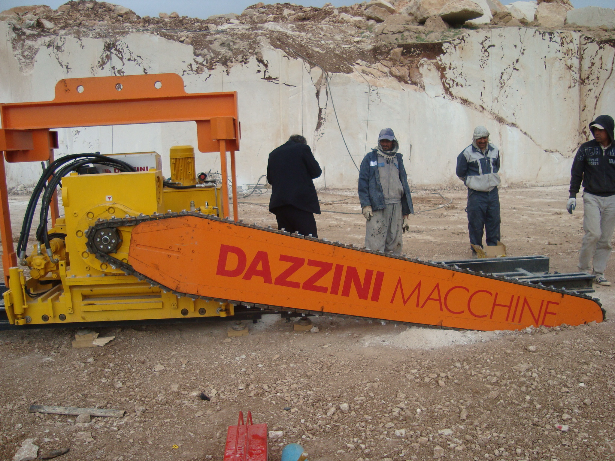 Dazzini Chain Saw. www.patsharkeyengineering.co.uk